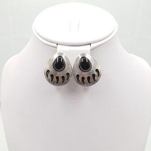 Jewelry - Silver SW Onyx Bear Claw Earrings